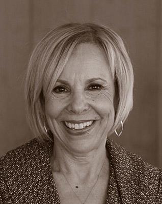 Christine Irvine's Headshot